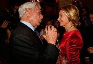 Esperanza Aguirre y Mario Vargas Llosa en el Círculo de Bellas Artes de Madrid. Foto del Partido Popular bajo Licencia CC.