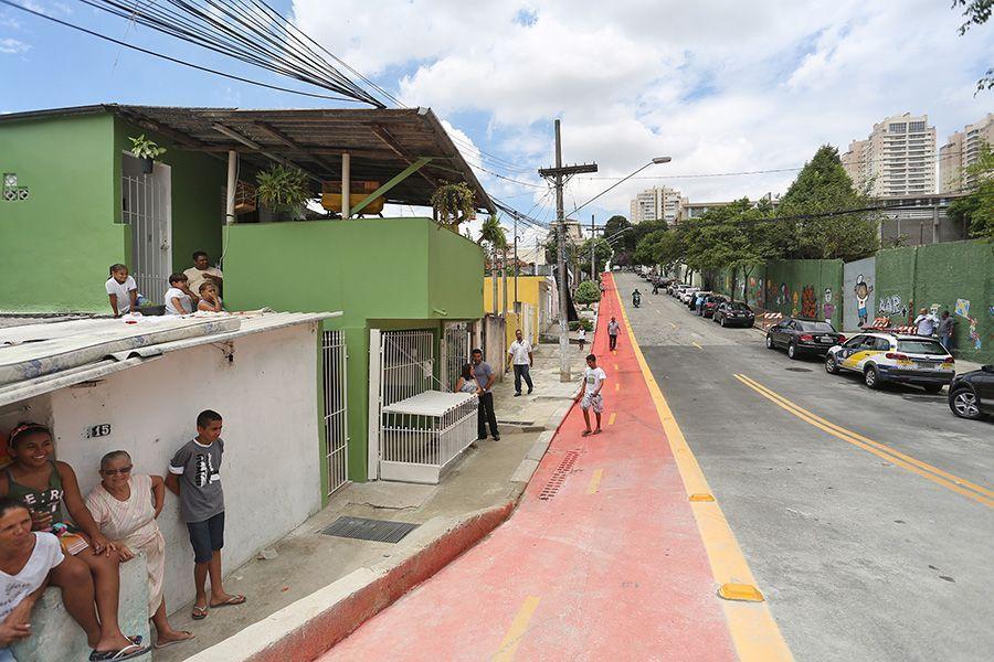 Ciclovías en barrios marginales cc Fotos publicas BR