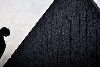 Nanjing Massacre Memorial Hall. Fotografía publicada por Friedemann Nierhaus en Flickr bajo licencia CC.