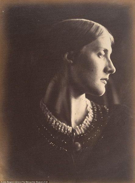 'Julia Jackson', Julia Margaret Cameron, 1867.