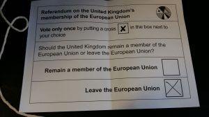 Papeleta del referéndum sobre la salida de Reino Unido de la UE. Imagen de (Mick Baker)rooster publicada en Flickr bajo licencia CC.