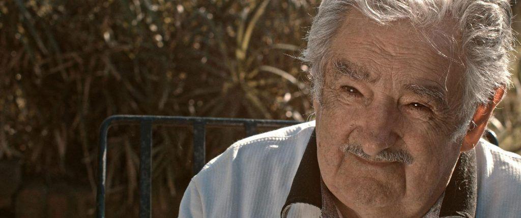 José Mujica entrevistado en su casa en Uruguay por el equipo de 'Frágil equilibrio'. Foto: Sintagma Films.