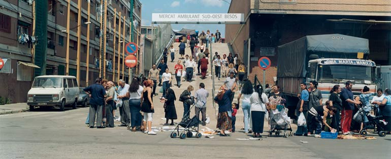 """Patrick Faigenbaum / Joan Roca """"Barcelona, vista del Besòs"""", 1999-2004. Obra de la exposición '¿Cómo queremos ser gobernados?'. Fuente: MACBA."""