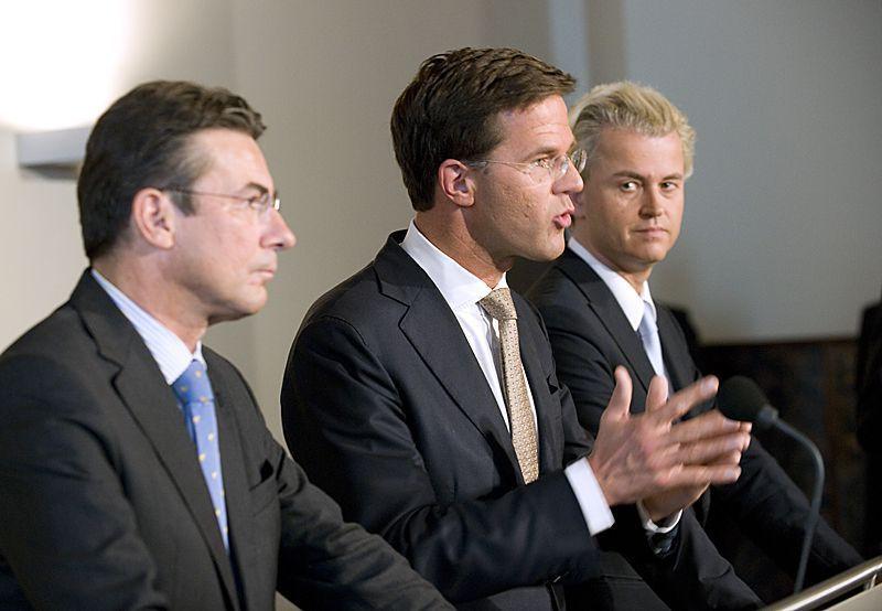 Mark Rutte (VVD), Maxime Verhagen (CDA) y Geert Wilders (PVV). Foto extraída de Flickr con licencia CC.