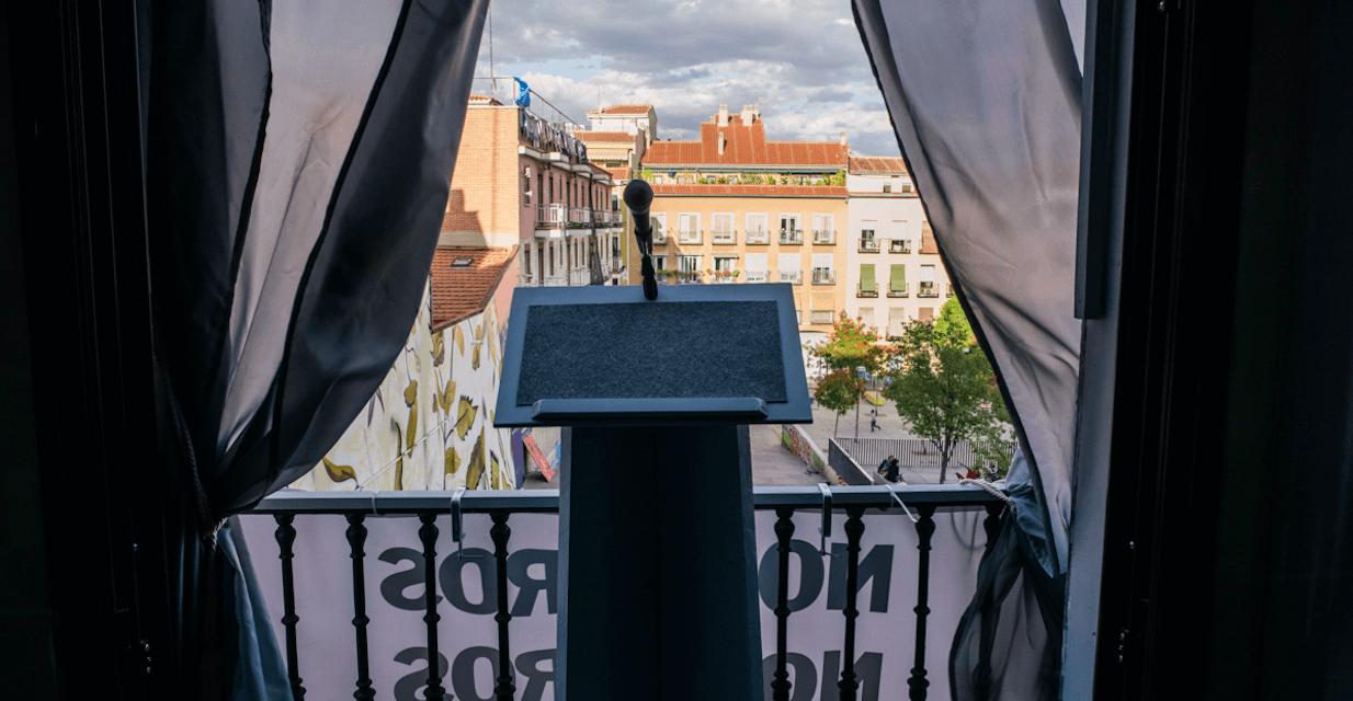 Del cuerpo al discurso: Nueva temporada en el cuarto de invitados con Omiste
